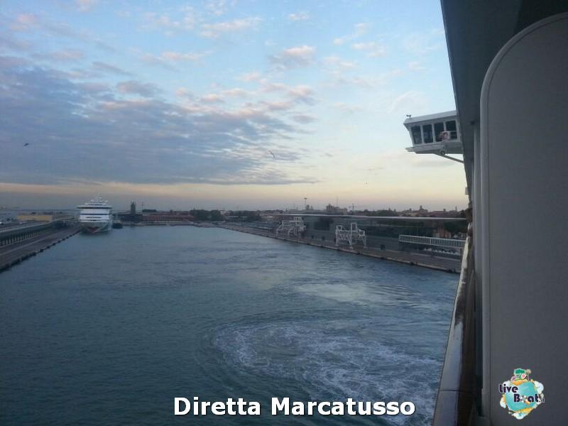 2013/10/13 - Venezia (imbarco)-msc-fantasia-venezia-diretta-liveboat-crociere-8-jpg