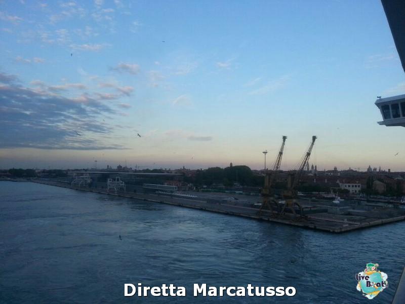 2013/10/13 - Venezia (imbarco)-msc-fantasia-venezia-diretta-liveboat-crociere-9-jpg