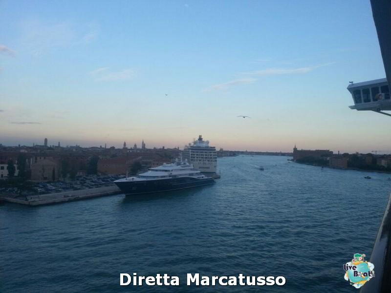 2013/10/13 - Venezia (imbarco)-msc-fantasia-venezia-diretta-liveboat-crociere-13-jpg