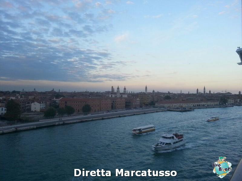 2013/10/13 - Venezia (imbarco)-msc-fantasia-venezia-diretta-liveboat-crociere-19-jpg