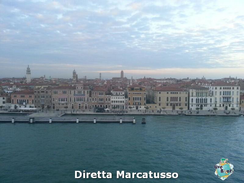 2013/10/13 - Venezia (imbarco)-msc-fantasia-venezia-diretta-liveboat-crociere-25-jpg