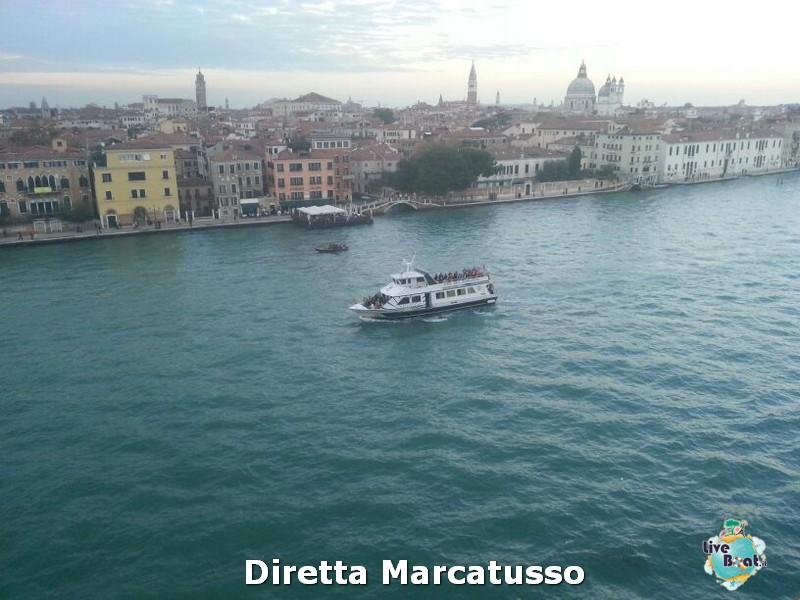 2013/10/13 - Venezia (imbarco)-msc-fantasia-venezia-diretta-liveboat-crociere-26-jpg