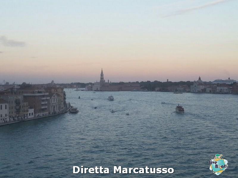 2013/10/13 - Venezia (imbarco)-msc-fantasia-venezia-diretta-liveboat-crociere-29-jpg