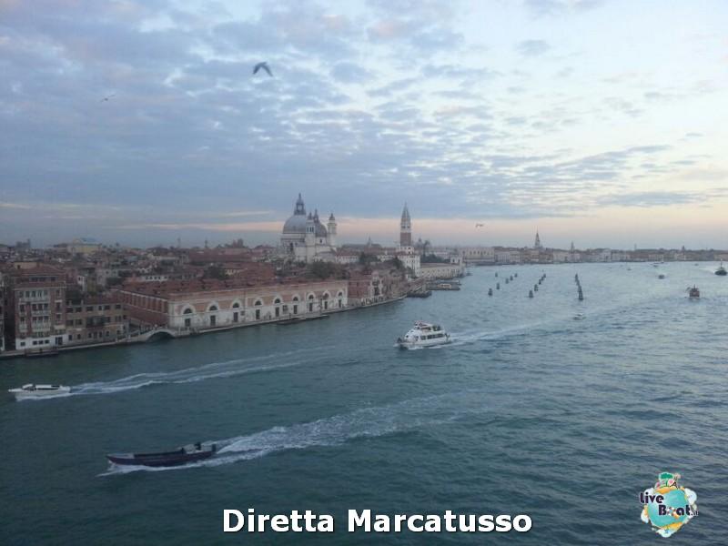 2013/10/13 - Venezia (imbarco)-msc-fantasia-venezia-diretta-liveboat-crociere-40-jpg