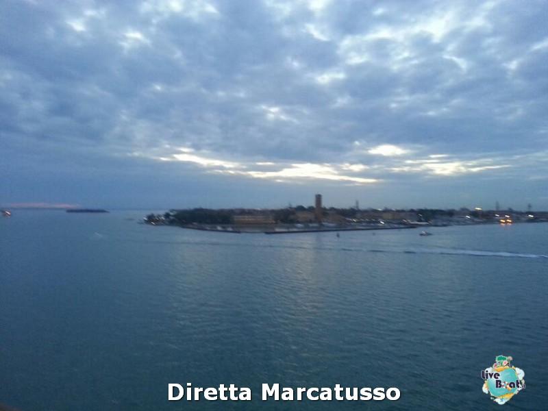 2013/10/13 - Venezia (imbarco)-msc-fantasia-venezia-diretta-liveboat-crociere-22-jpg