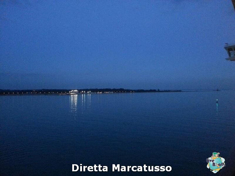 2013/10/13 - Venezia (imbarco)-msc-fantasia-venezia-diretta-liveboat-crociere-5-jpg