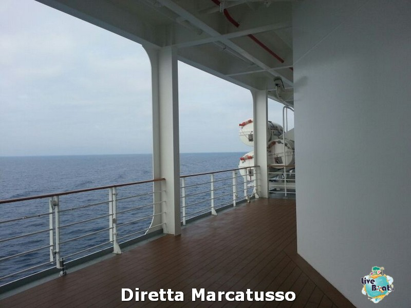 2013/10/14 - Bari-msc-fantasia-bari-diretta-liveboat-crociere-8-jpg