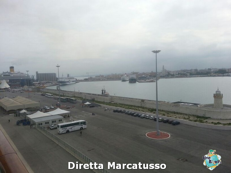 2013/10/14 - Bari-msc-fantasia-bari-diretta-liveboat-crociere-11-jpg