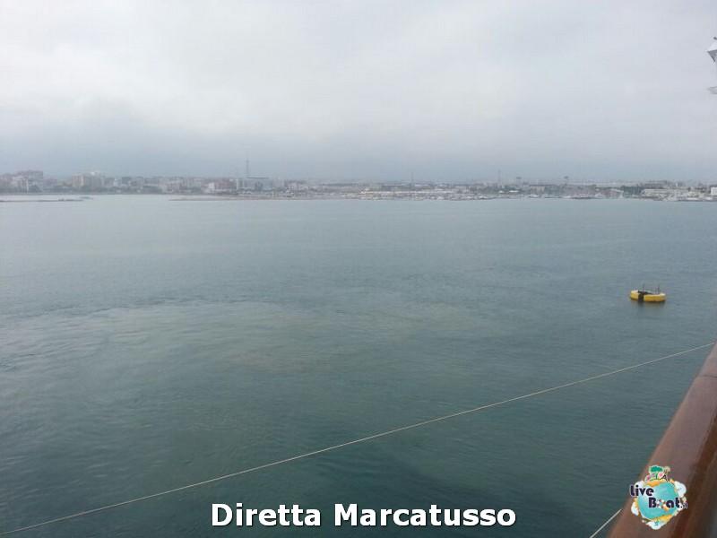 2013/10/14 - Bari-msc-fantasia-bari-diretta-liveboat-crociere-13-jpg
