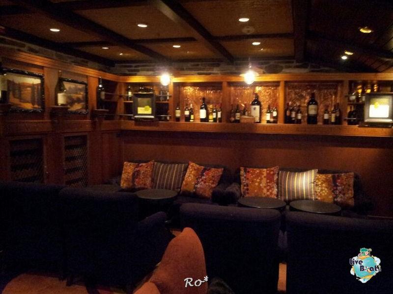 I bar - locali della Royal Promenade di Liberty ots-39foto-libertyofttheseas-liveboatcrociere-jpg