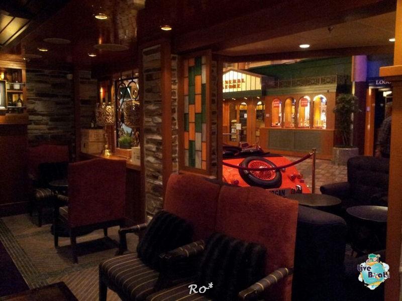 I bar - locali della Royal Promenade di Liberty ots-40foto-libertyofttheseas-liveboatcrociere-jpg