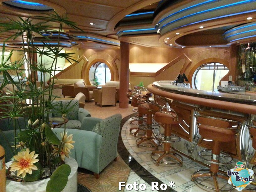 I bar - locali della Royal Promenade di Liberty ots-45-foto-libertyofttheseas-liveboatcrociere-jpg