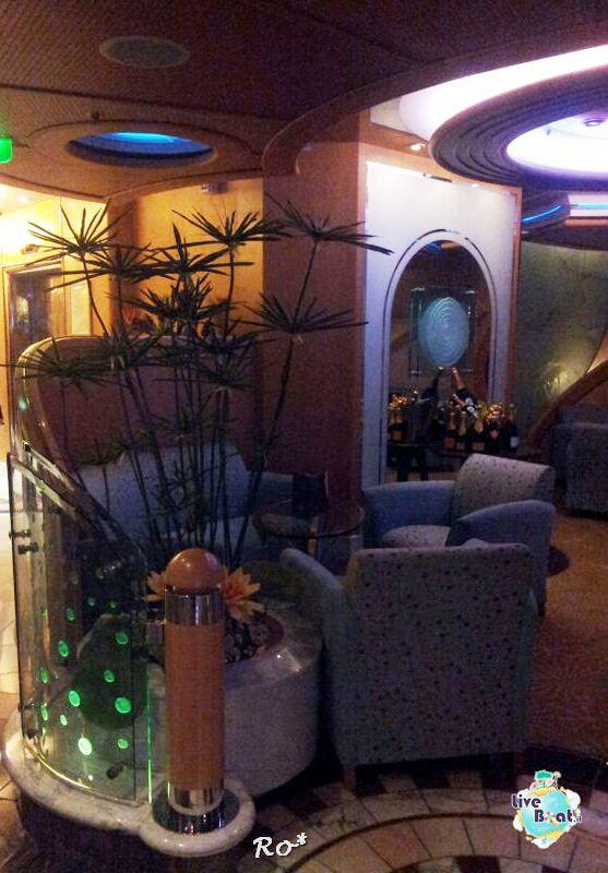 I bar - locali della Royal Promenade di Liberty ots-49-foto-libertyofttheseas-liveboatcrociere-jpg