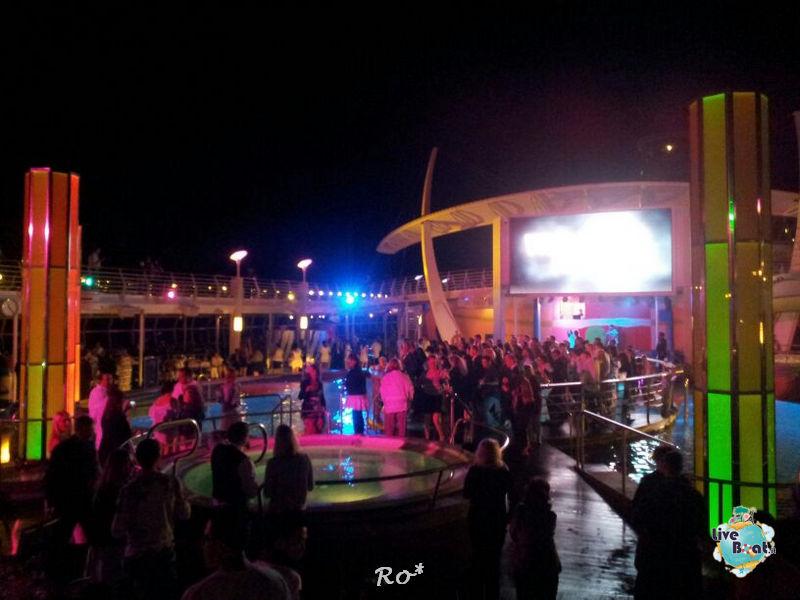 Il lido piscina di Liberty ots-10-foto-libertyofttheseas-liveboatcrociere-jpg