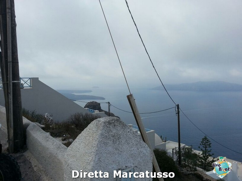 2013/10/16 - Santorini-msc-fantasia-santorini-diretta-liveboat-crociere-4-jpg