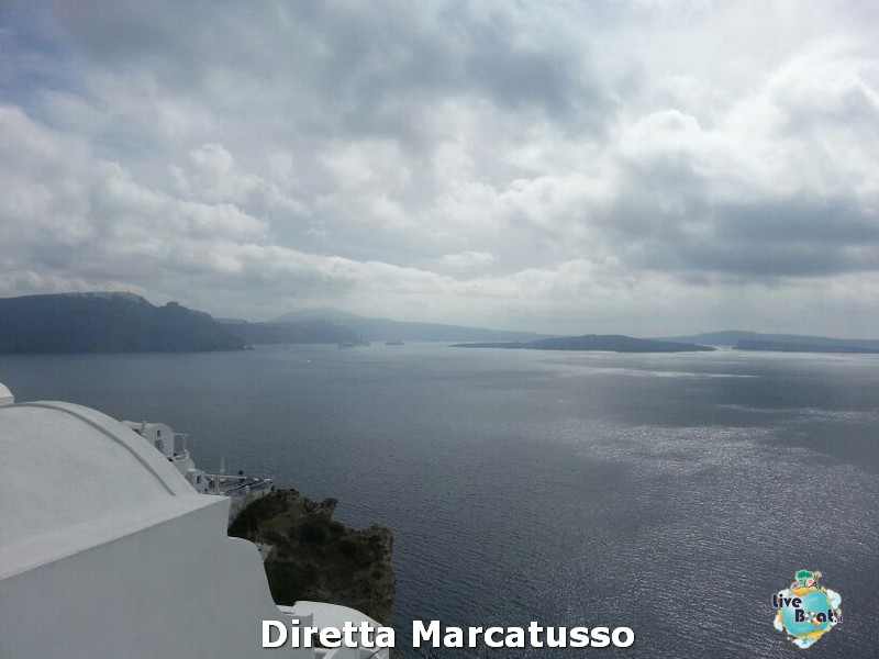 2013/10/16 - Santorini-msc-fantasia-santorini-diretta-liveboat-crociere-12-jpg
