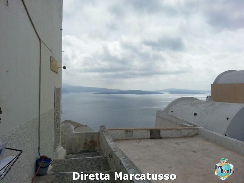 2013/10/16 - Santorini-msc-fantasia-santorini-diretta-liveboat-crociere-10-jpg