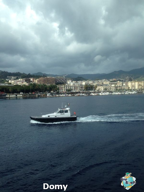 2013/10/16 - Messina - Domy - MSC Lirica (sbarco)-msc-lirica-diretta-liveboat-crociere-13-jpg