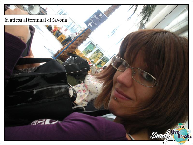 C.MEDITERRANEA-Oltre le Colonne d'Ercole, 31/05/12-10/06/12-costa_mediterranea_imbarco_savona-2-jpg