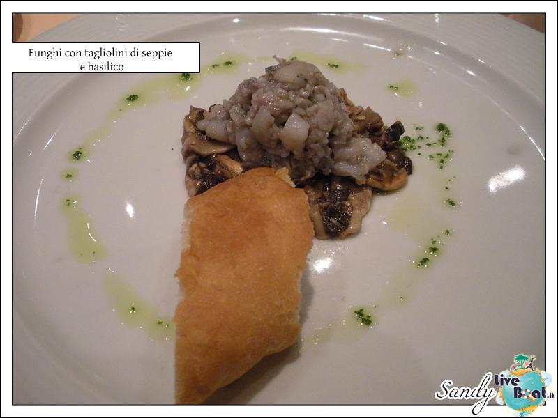 C.MEDITERRANEA-Oltre le Colonne d'Ercole, 31/05/12-10/06/12-costa_mediterranea_cibo-2-jpg