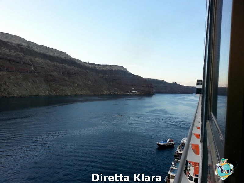 2013/10/19 Santorini Costa Mediterranea-costa-mediterranea-santorini-diretta-liveboat-crociere-7-jpg