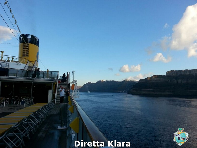 2013/10/19 Santorini Costa Mediterranea-costa-mediterranea-santorini-diretta-liveboat-crociere-11-jpg
