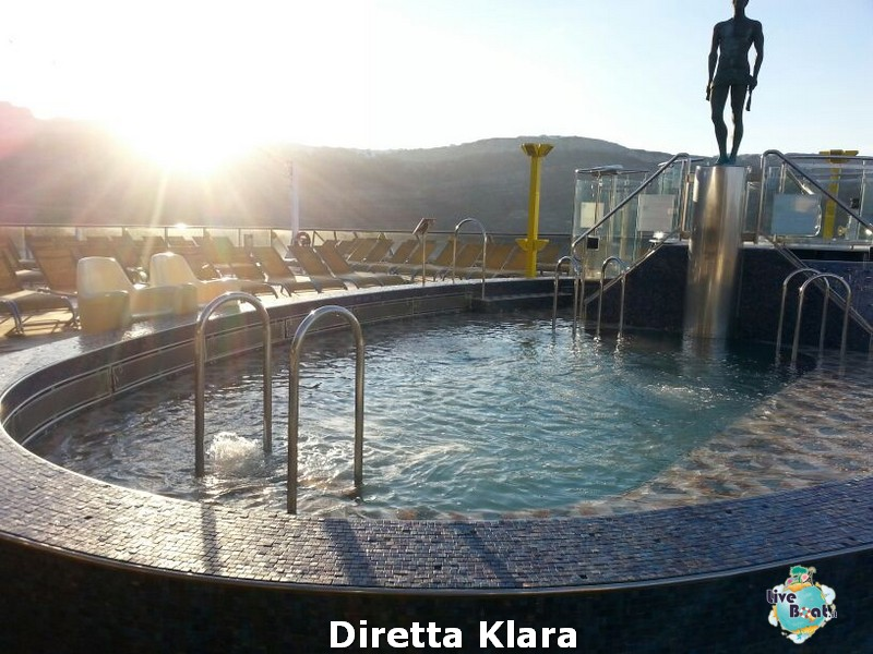 2013/10/19 Santorini Costa Mediterranea-costa-mediterranea-santorini-diretta-liveboat-crociere-17-jpg