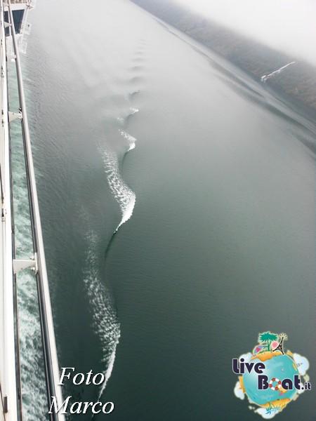 Navigazione turistica lungo il Geirangerfjord-5-liveboat-fiordi-jpg
