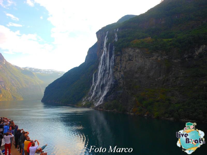Navigazione turistica lungo il Geirangerfjord-17-liveboat-fiordi-jpg