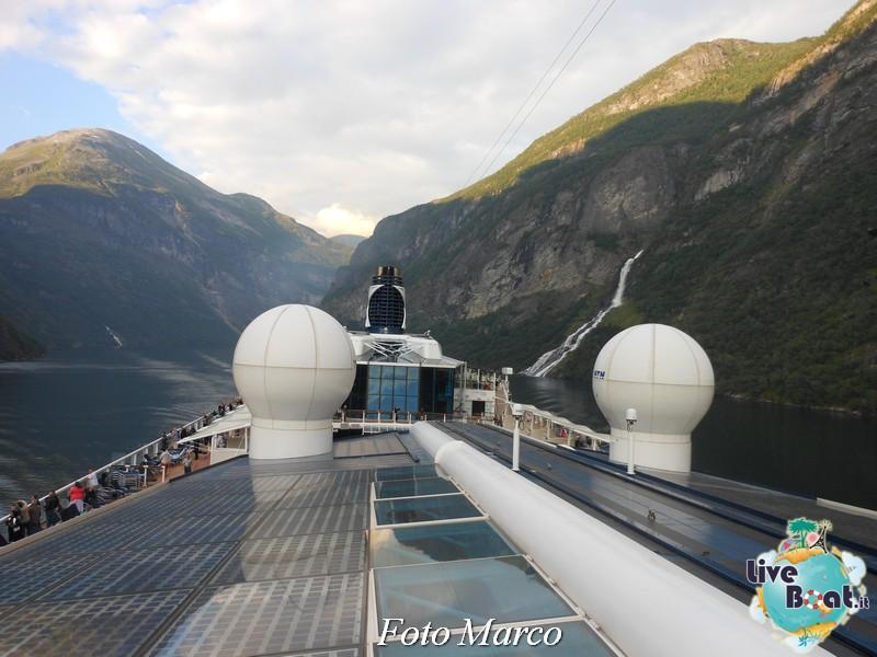 Navigazione turistica lungo il Geirangerfjord-19-liveboat-fiordi-jpg