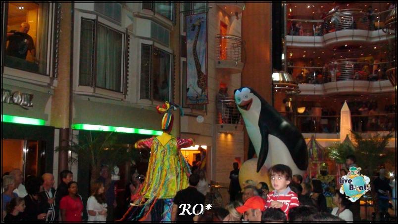 Foto e video spettacoli su Liberty of the seas-spettacoli-liberty-of-the-seas-royal-caribbean-60-jpg