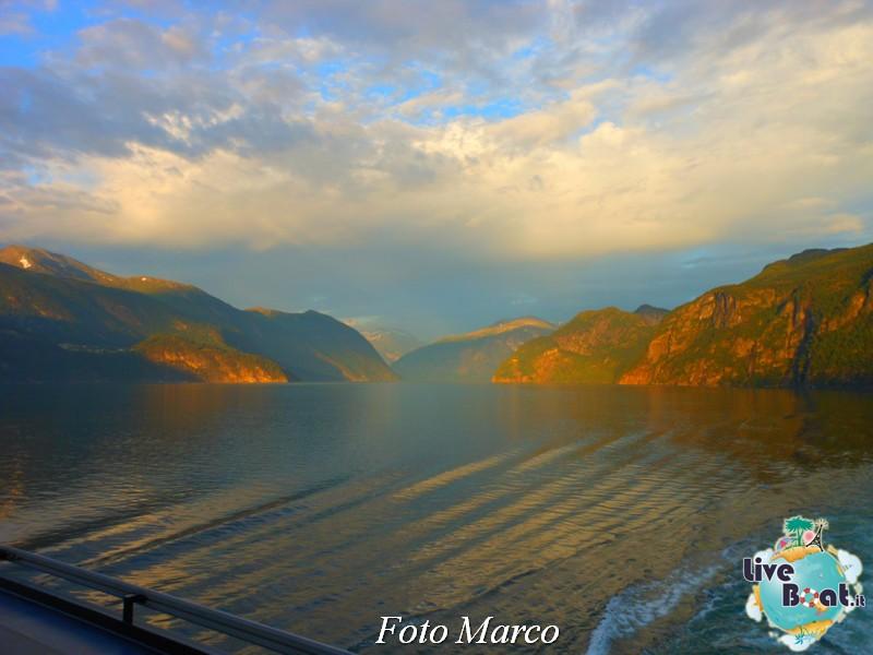 Navigazione turistica lungo il Geirangerfjord-24-liveboat-fiordi-jpg