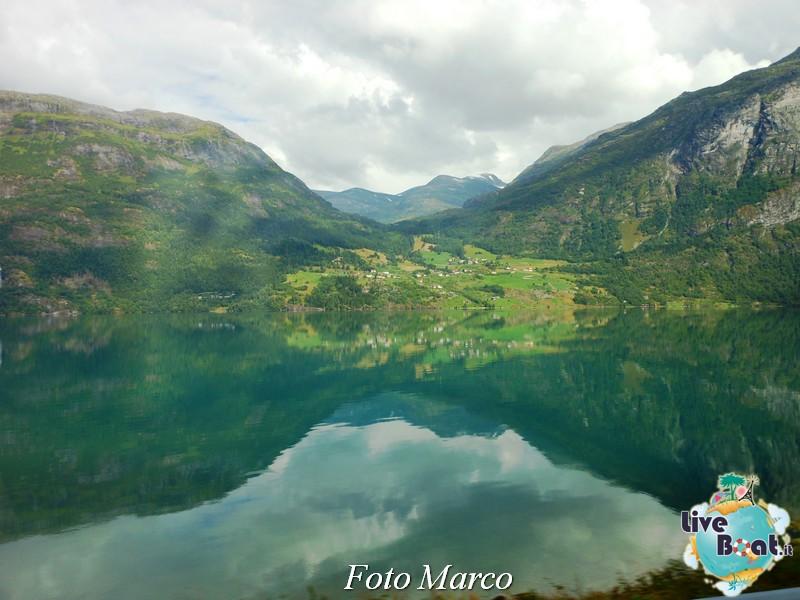 Olden Fiordo norvegese-36-liveboat-fiordi-jpg