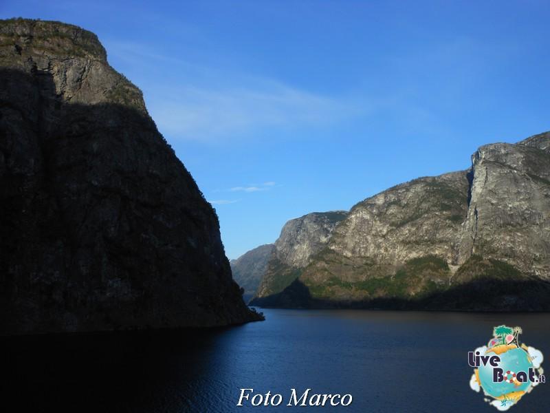 Navigazione turistica lungo il Sognefjord-60-liveboat-fiordi-jpg