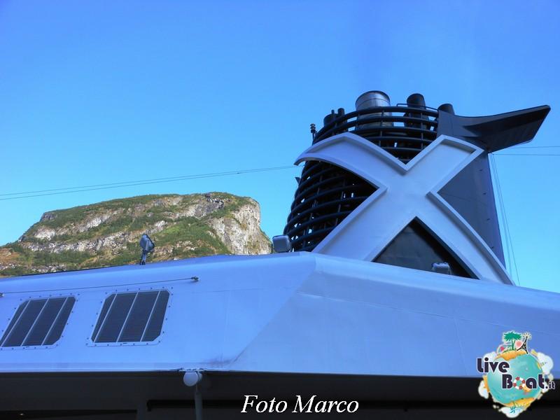 Navigazione turistica lungo il Sognefjord-64-liveboat-fiordi-jpg