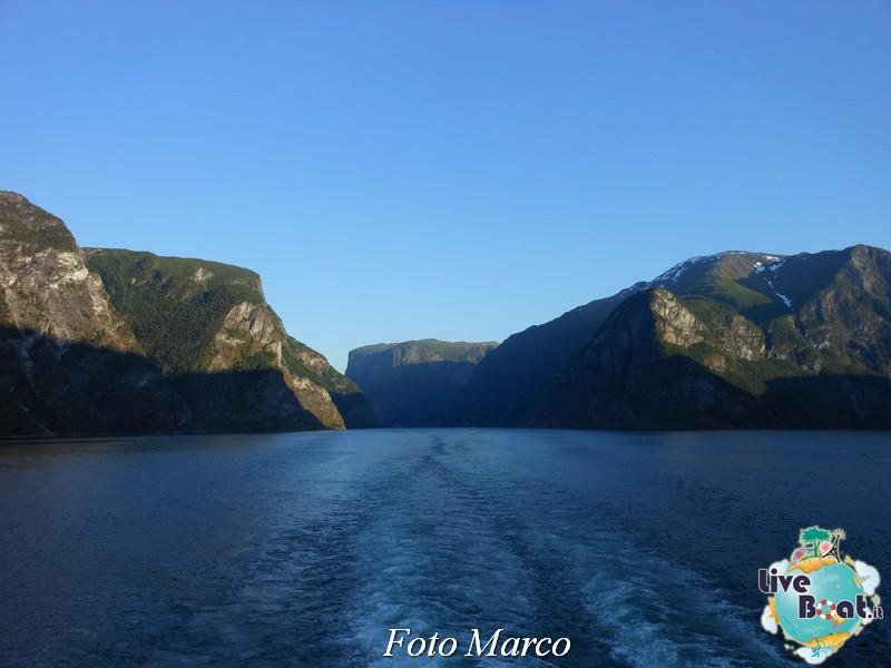 Navigazione turistica lungo il Sognefjord-75-liveboat-fiordi-jpg