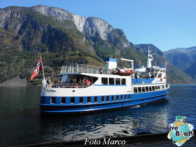 Cosa visitare a Flam -Norvegia--69-liveboat-fiordi-jpg