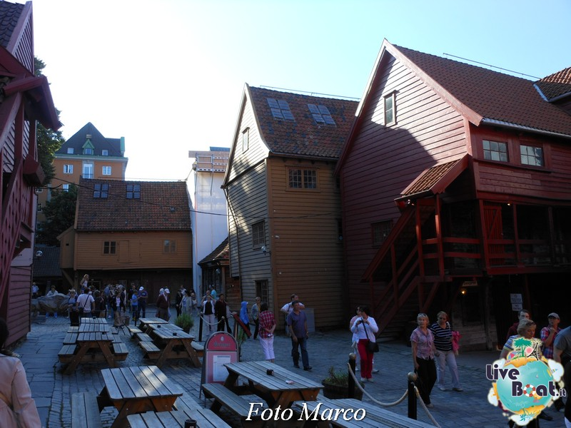 Cosa visitare a Bergen -Norvegia--268-liveboat-nord-europa-jpg