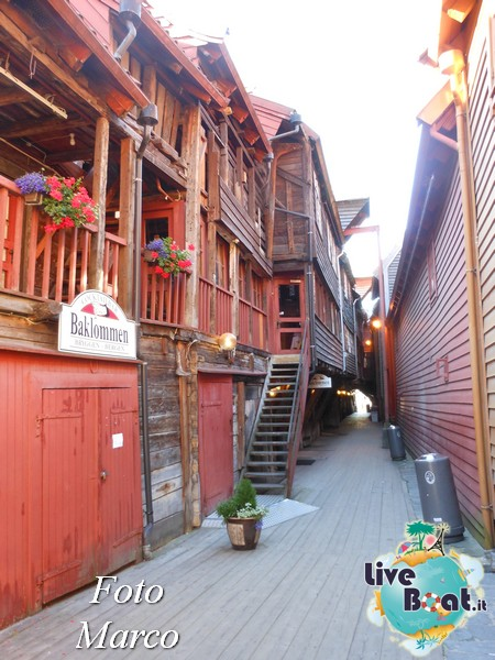 Cosa visitare a Bergen -Norvegia--272-liveboat-nord-europa-jpg
