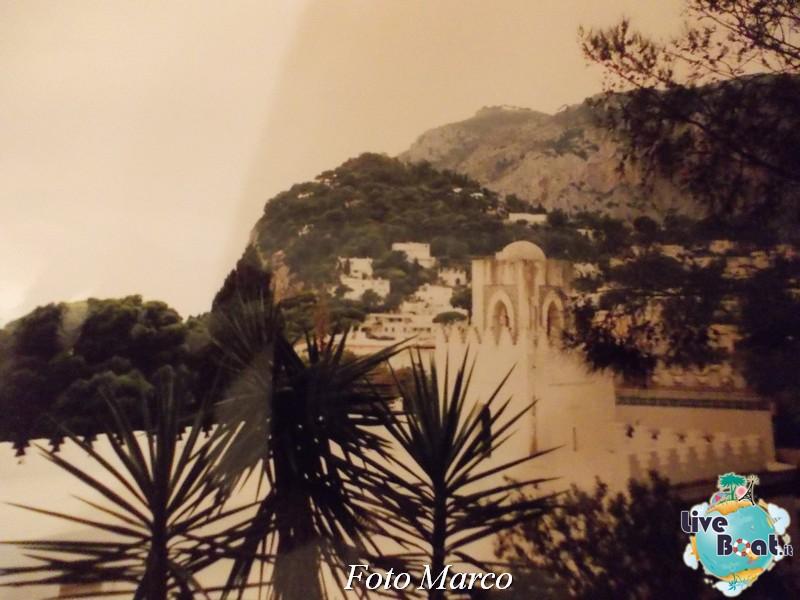 Cosa visitare a Napoli -Italia--8-liveboat-napoli-jpg