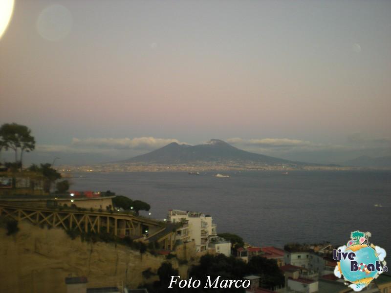 Cosa visitare a Napoli -Italia--74-liveboat-napoli-jpg