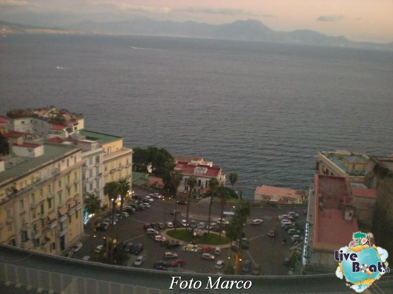 Cosa visitare a Napoli -Italia--75-liveboat-napoli-jpg