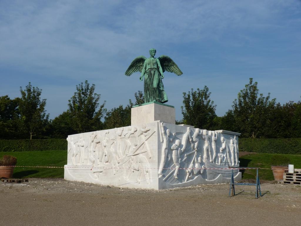 Costa Atlantica: le Grandi Capitali dal 4 al 14 settembre-copenhagen-manumento-costruzione-fronte-sirenetta-jpg