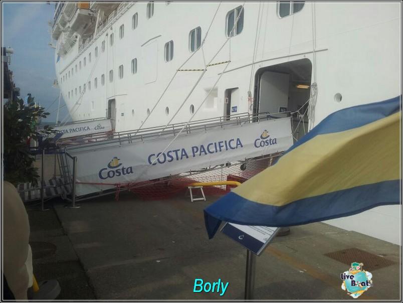 2013/10/30 Civitavecchia imbarco Costa Pacifica-img-20131030-wa0030-jpg