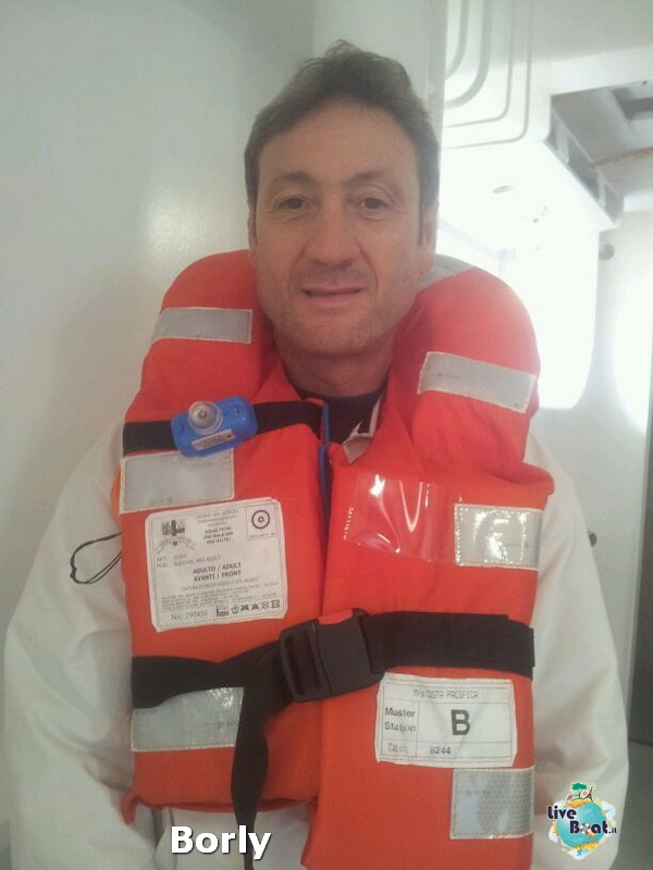 2013/10/31 Savona  Costa Pacifica-costa-pacifica-savona-diretta-liveboat-crociere-1-jpg