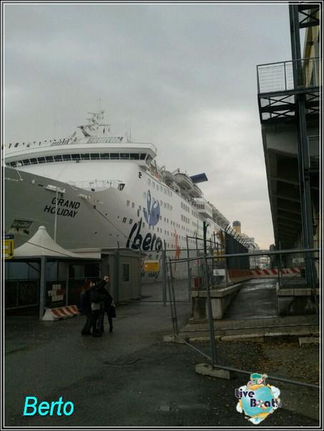 2013-11-03 Venezia (Imbarco) Costa Fascinosa-img-20131103-wa0022-jpg