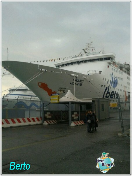 2013-11-03 Venezia (Imbarco) Costa Fascinosa-img-20131103-wa0030-jpg
