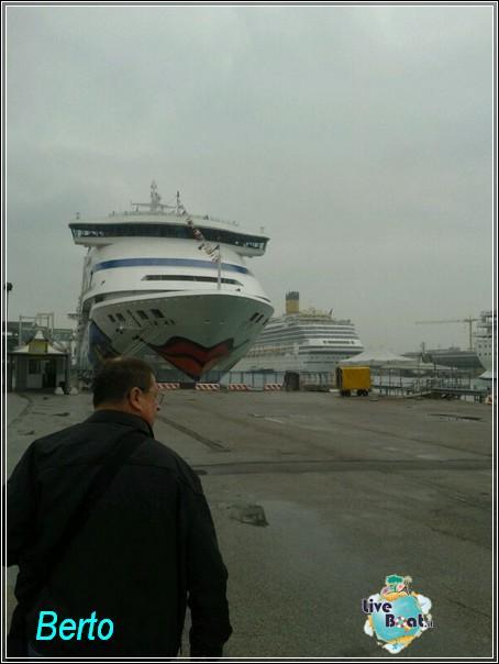 2013-11-03 Venezia (Imbarco) Costa Fascinosa-img-20131103-wa0032-jpg