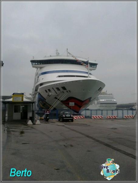 2013-11-03 Venezia (Imbarco) Costa Fascinosa-img-20131103-wa0034-jpg