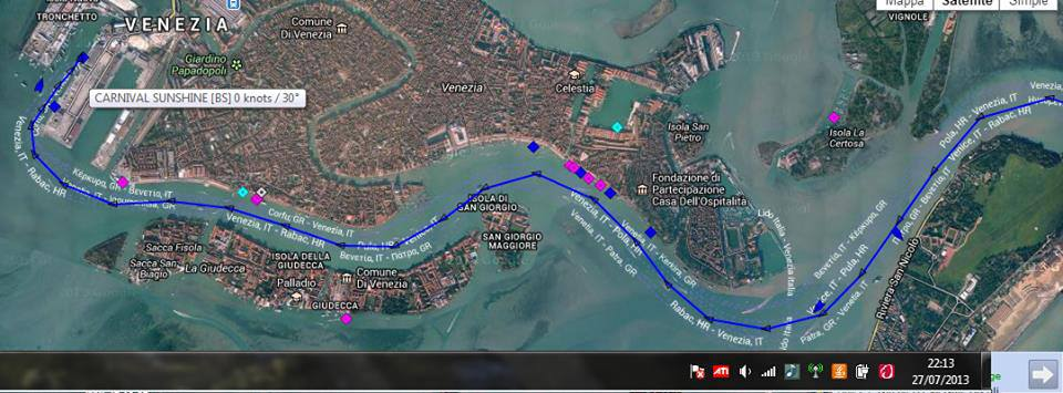 Carnival Sunshine a Venezia sbaglia manovra-536898_10201756196650120_185815214_n-jpg